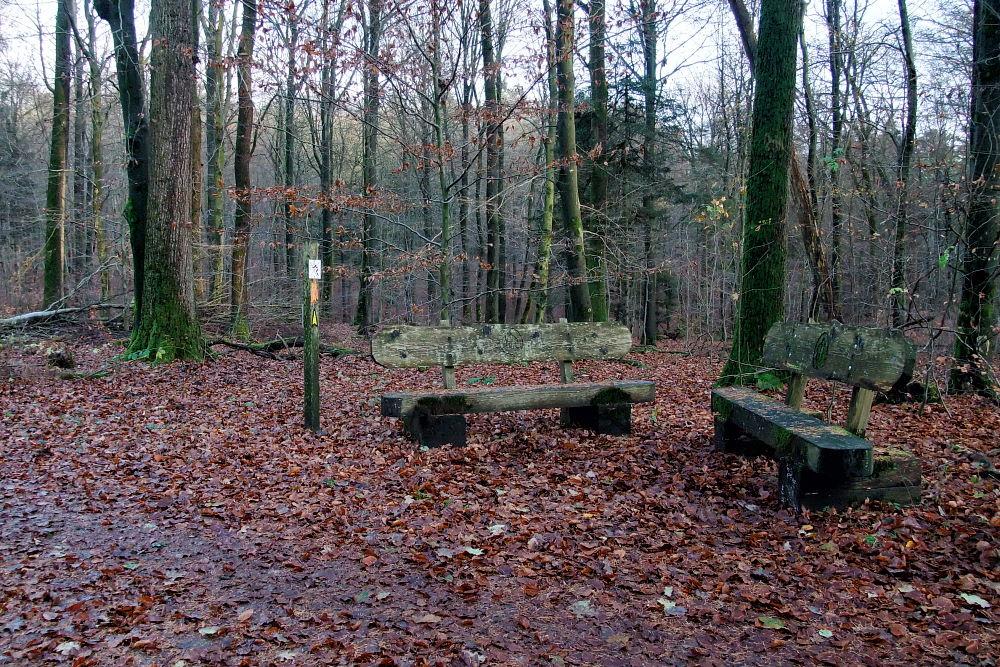 Sitzgruppe | Auf dem Wanderweg W5 Karlstein | 365tageasatzaday